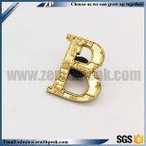 2018년 중국 제조자 싼 주문 금속 금 편지 접어젖힌 옷깃 핀