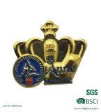 カスタム金属の女王の王冠3Dの折りえりPin