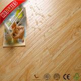 Preiswerter Preis-Medium geprägter unfertiger lamellenförmig angeordneter Bodenbelag 12mm