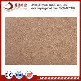 Plaine de l'aggloméré brut ou les panneaux de particules pour les meubles