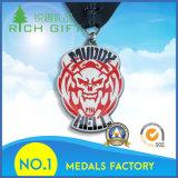 Medaglia poco costosa su ordinazione del medaglione del distintivo del premio dello smalto 2017 con gli sport di Jiu-Jitsu del premio
