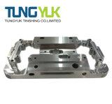 オートメーション装置のためのカスタマイズされた精密CNCの製粉の機械化の部品