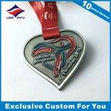 Médailles de forme de coeur seules avec la bande faite sur commande