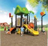 子供の使用の遊園地のための屋外の運動場のスライド