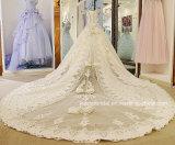 outre de la robe 2017 de mariage fine nuptiale de cristaux de lacet de train de cathédrale de robe de bille d'épaule H1352