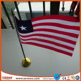 Mini personalizado colgando la bandera de escritorio