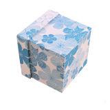 Le carton ondulé Design personnalisé impression Papier coloré de panneaux durs bon marché des boîtes d'emballage