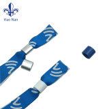 Wristband su ordinazione del Wristband 15*350 millimetro di festival di promozione con il marchio