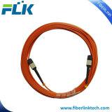Kabel die van de Boomstam van de Kernen MTP/MPO van de vezel de Optische Om3 12 Patchcord assembleren