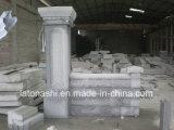 رماديّ صوان ركيزة مع جدار حجارة وغطاء لأنّ بوابة/مدخل