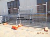 Painel provisório da cerca de segurança do evento da construção