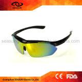 La coutume possèdent les lunettes de soleil pilotantes fonctionnantes de recyclage changeables détachables de bras en verre de Sun de sport de marque