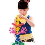 Kind-Puzzlespiel-Schreibtisch-glückliches Baustein-Spielzeug