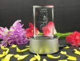 лазер 3D вытравил кубик кристаллический стекла, пустой кристаллический кубик для гравировки