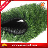 庭の草を美化するための人工的な芝生の草