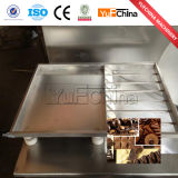 Prezzo della macchina del melting pot del cioccolato/mini vendita della macchina di fabbricazione di cioccolato