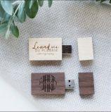 ロゴ木USBのペン駆動機構の正方形の木製のギフト用の箱が付いている木製のフラッシュUSBを刻みなさい