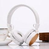 As mãos novas dos auriculares de Bluetooth das amostras livres do projeto livram (OG-BT014)