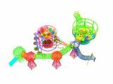 Подгонянная руки игры веревочки радуги взбираясь сеть сетчатой крытая Crocheted взбираясь