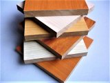 Hot Sell Low Price 2.0-30mm Mélamine face au MDF Board