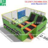Trampoline с стеной и баскетболом подъема