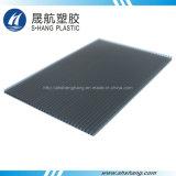 Des couleurs différentes feuilles de plastique creux en polycarbonate avec protection UV