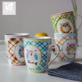 Projeto creativo do copo cerâmico da impressão do decalque da fábrica de China da promoção