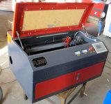 木製のプレキシガラスのためのデスクトップレーザーのカッターFL5030