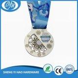 Изготовленный на заказ медаль спортивного мероприятия покрынное серебром с сублимированной тесемкой