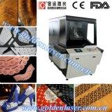 De Graveur van de Laser van de Machine van het Ponsen van het Leer van de stoffering op de Schoenen van het Leer Pu doet Riemen in zakken