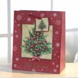 クリスマスの赤い紙袋、ギフトの紙袋、ショッピング・バッグ