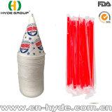 La llegada de nuevos vasos desechables de cono de papel de hielo con la paja