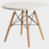 Eames silla y mesa de comedor Juego de 4