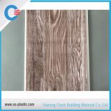 L'impression de l'épaisseur de panneau en PVC de 7,5 mm 10 pouces panneau de plafond PVC 5.95m de longueur Panneau mural