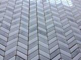Mattonelle di mosaico del marmo del reticolo del Chevron per il disegno del pavimento e della parete interna