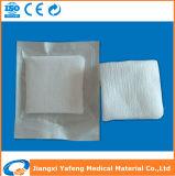 Pedazo estéril médico absorbente 100% de la gasa del algodón/esponjas no estériles de la gasa