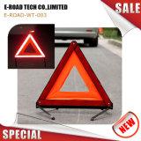 Triangolo d'avvertimento dell'automobile riflettente di arresto Emergency