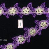 tela do laço do bordado da flor do roxo de 6.5cm com as folhas de Irrigular para o vestuário Hme852