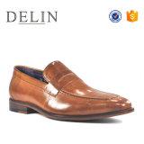 Style d'affaires de 2018 hommes de couleur différente des chaussures en cuir