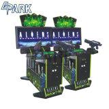 Macchine del video gioco che sparano la macchina del gioco della galleria