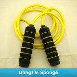 卸し売り多彩なCrossfitの練習のトレーニングによって重くされる縄跳び