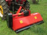 트랙터는 잔디 깎는 사람의 뒤에 3개 점 까탈 토우를 사용했다