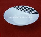 Padellame progettato italiano di ceramica bianco di uso di cerimonia nuziale e del partito