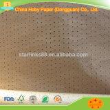 Los agujeros perforados Underlayer triángulo el papel de estraza para el uso de la máquina de la leva de prendas de vestir