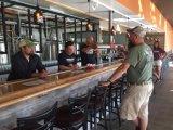 コマーシャル50 100L 200Lのビール醸造所かマイクロビール醸造所装置半自動ビール醸造システム