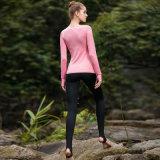 L'yoga dentellare di usura di yoga ansima la camicia lunga di yoga del manicotto