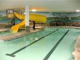 Petite piscine intérieure Squirt diapositives