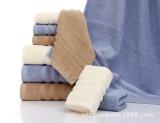 De promotie Katoenen van 100% Gezicht/Handdoek van de Hand