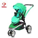 Baby-Spaziergänger mit Rahmen und regelmäßigem Sitz