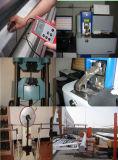Galvanisé contrôlant la télévision en circuit fermé Pôle